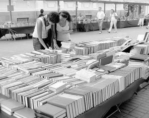 Размышления у книжных развалов