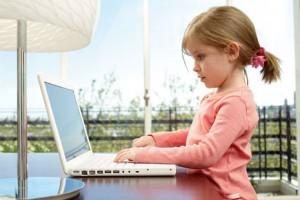 девочка-и-компьютер